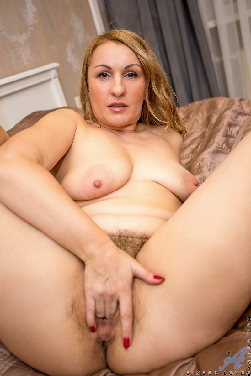 nude Ginger pics Love