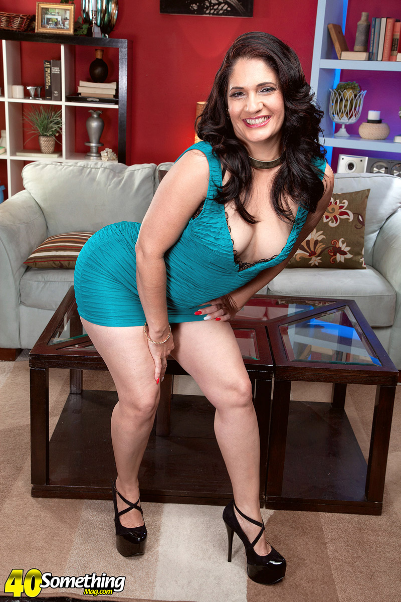 Big ass mature Sabrina Santos | The Mature Lady Porn Blog: thematurelady.com/blog/big-ass-mature-sabrina-santos