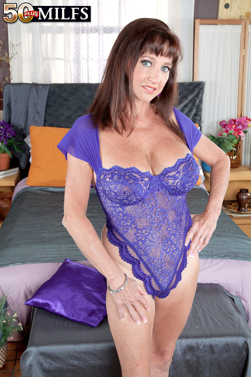 54 years old mature Ciara Blue | The Mature Lady Porn Blog