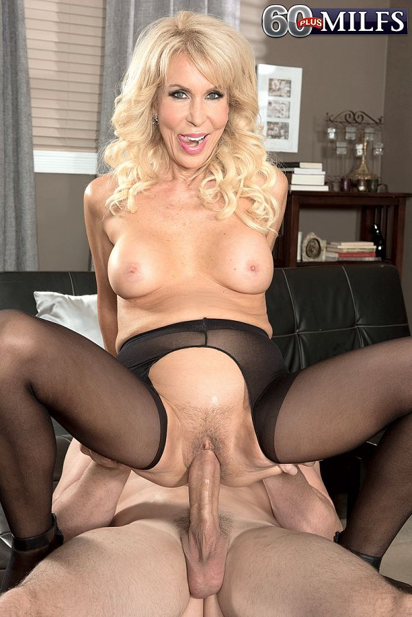 Mature milf slut