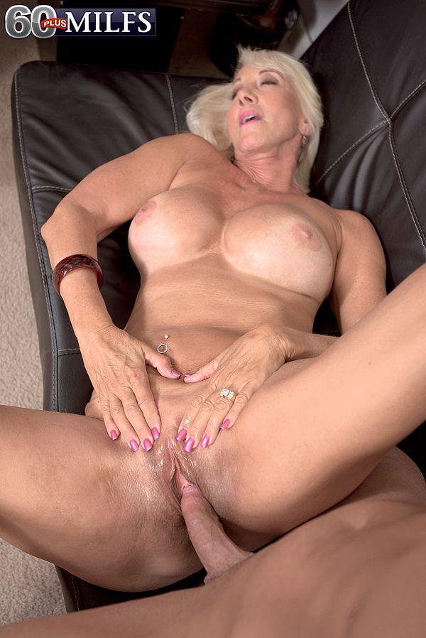 Sexy blonde Madison Milstar