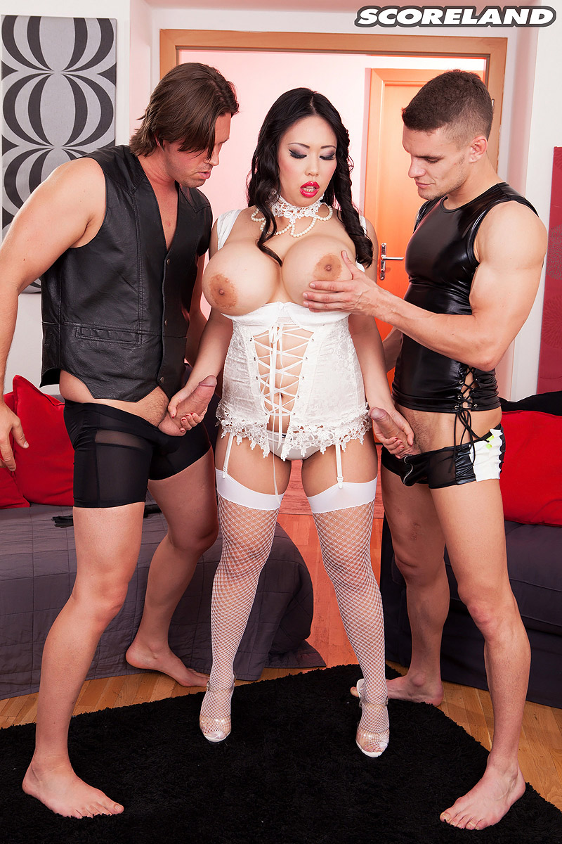 Asian mistress Tigerr Benson