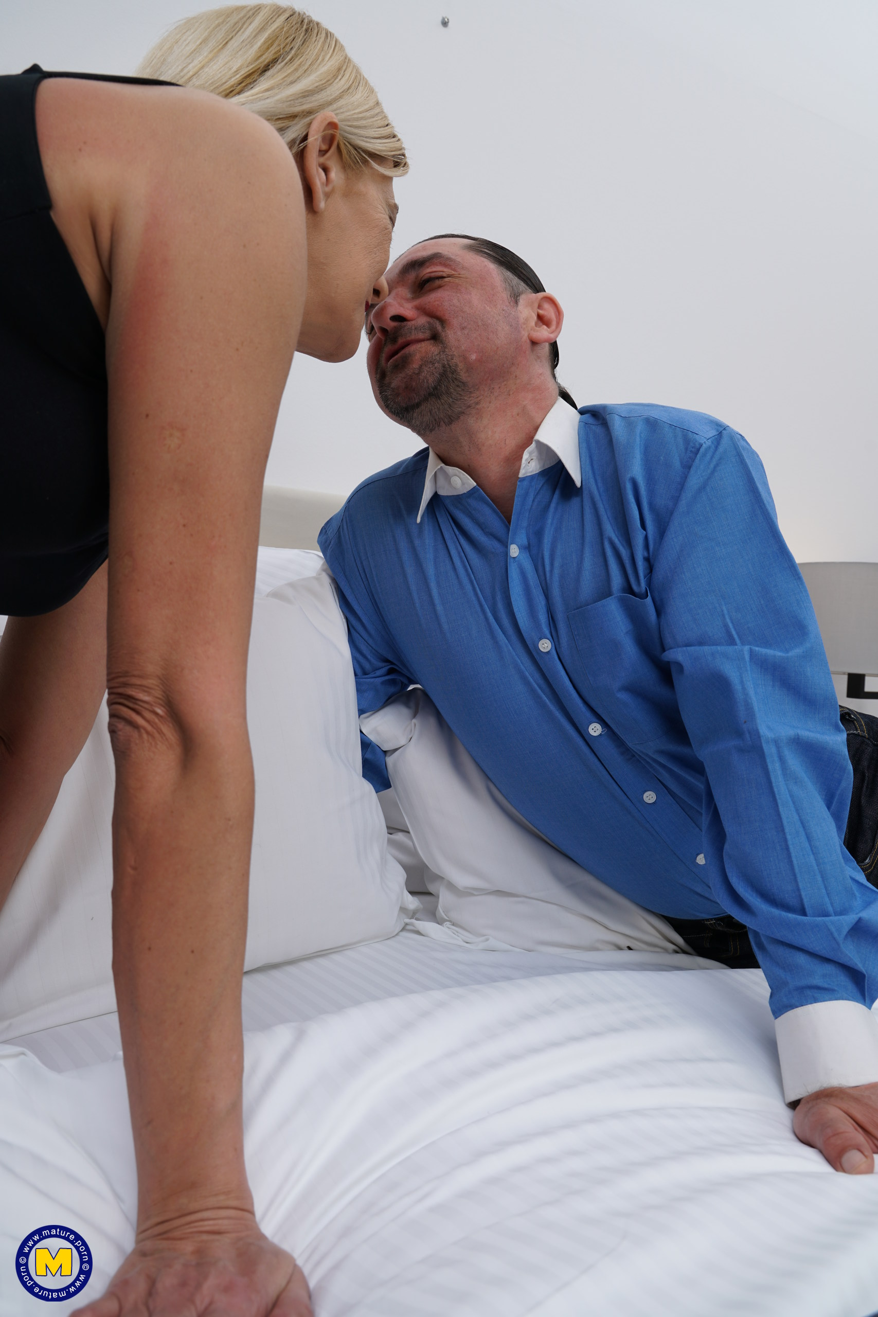 naughty mature slut the mature lady porn blog