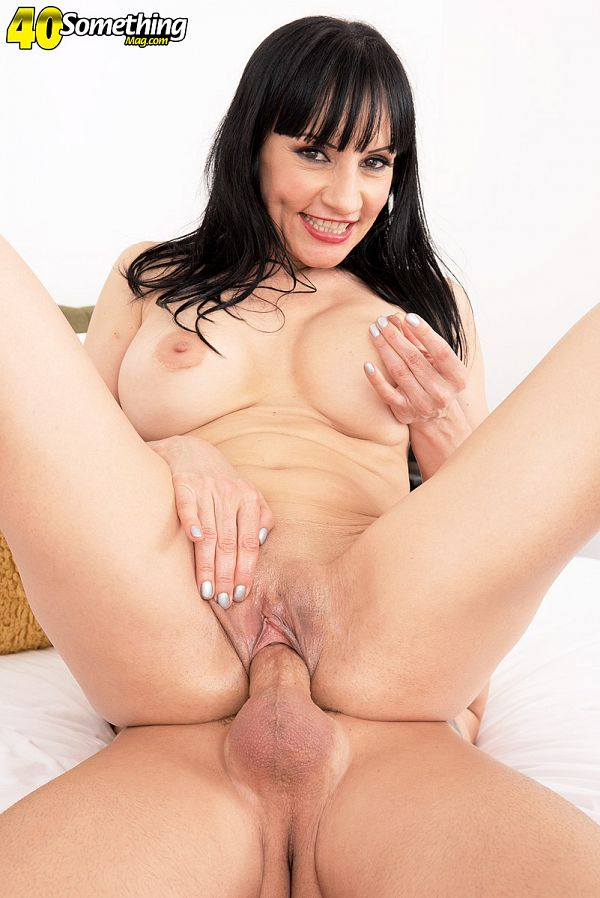 Russian wife Natasha Ola