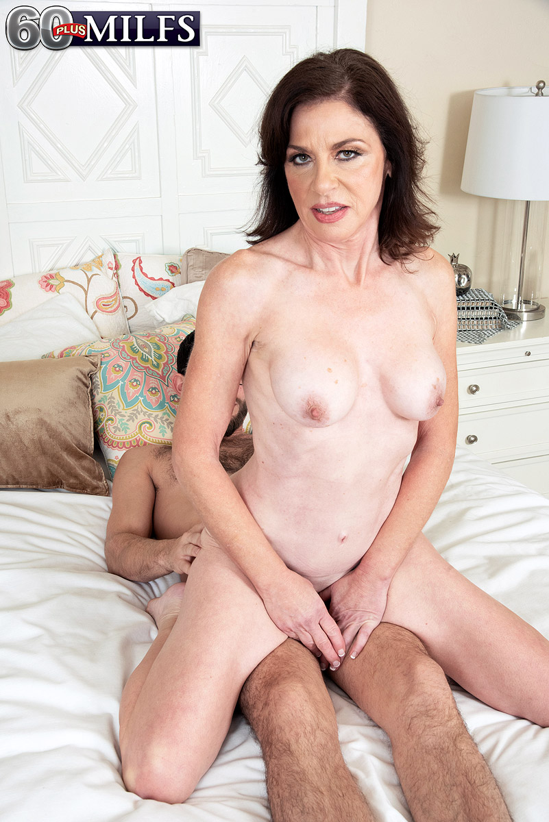 Hot mature slut Cashmere