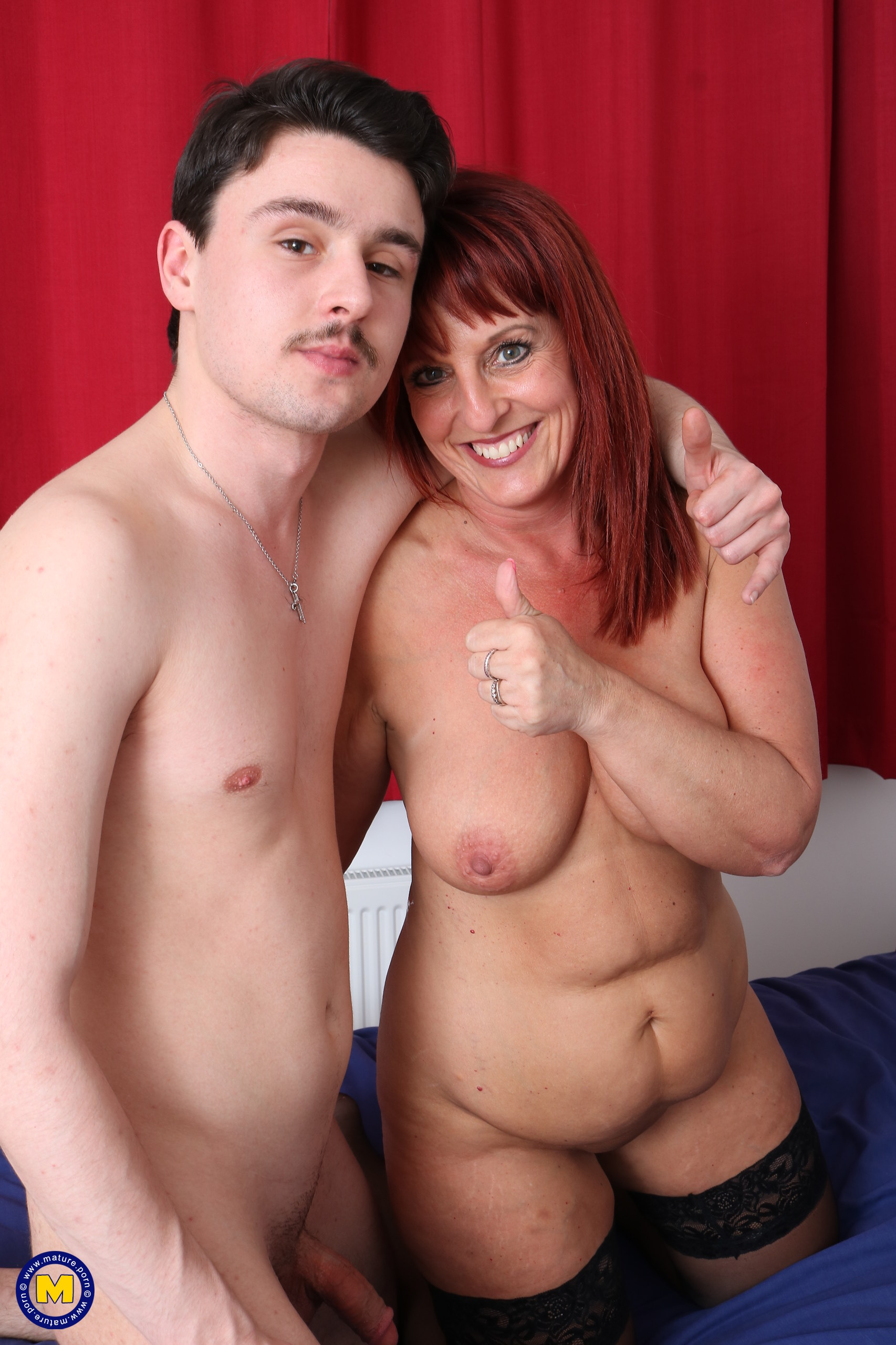 Horny cougar Beau Diamonds