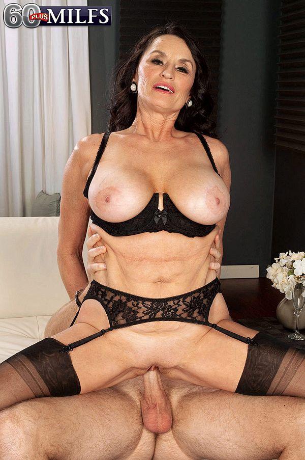 Stocking mature Rita Daniels