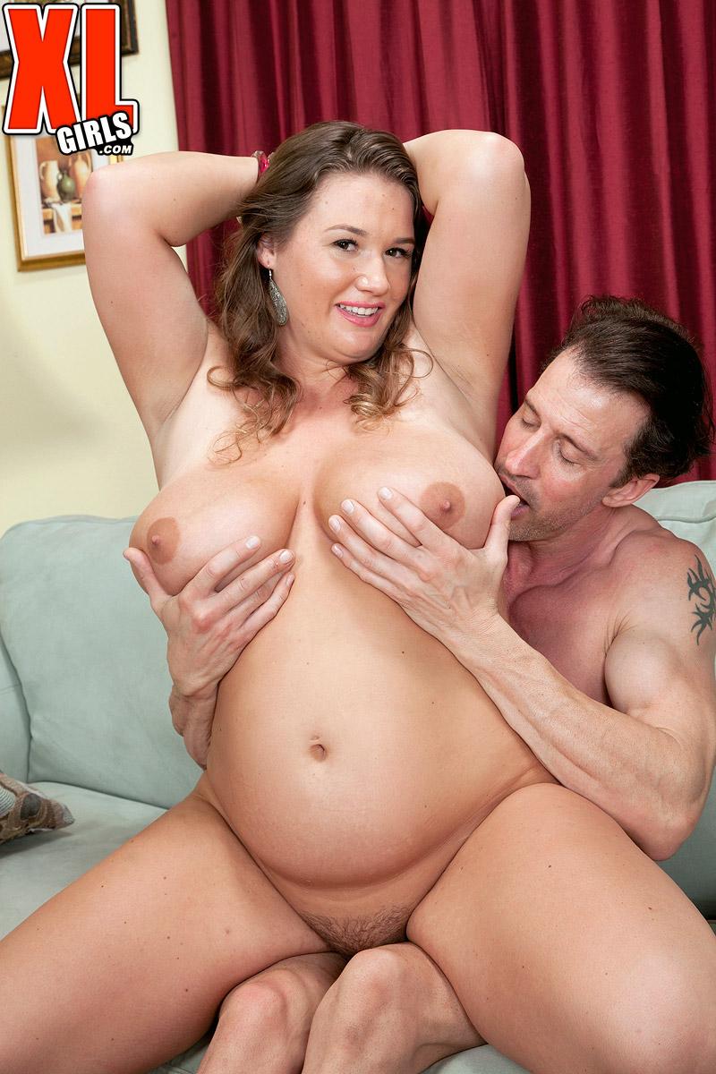 Lovely BBW Nikki Smith