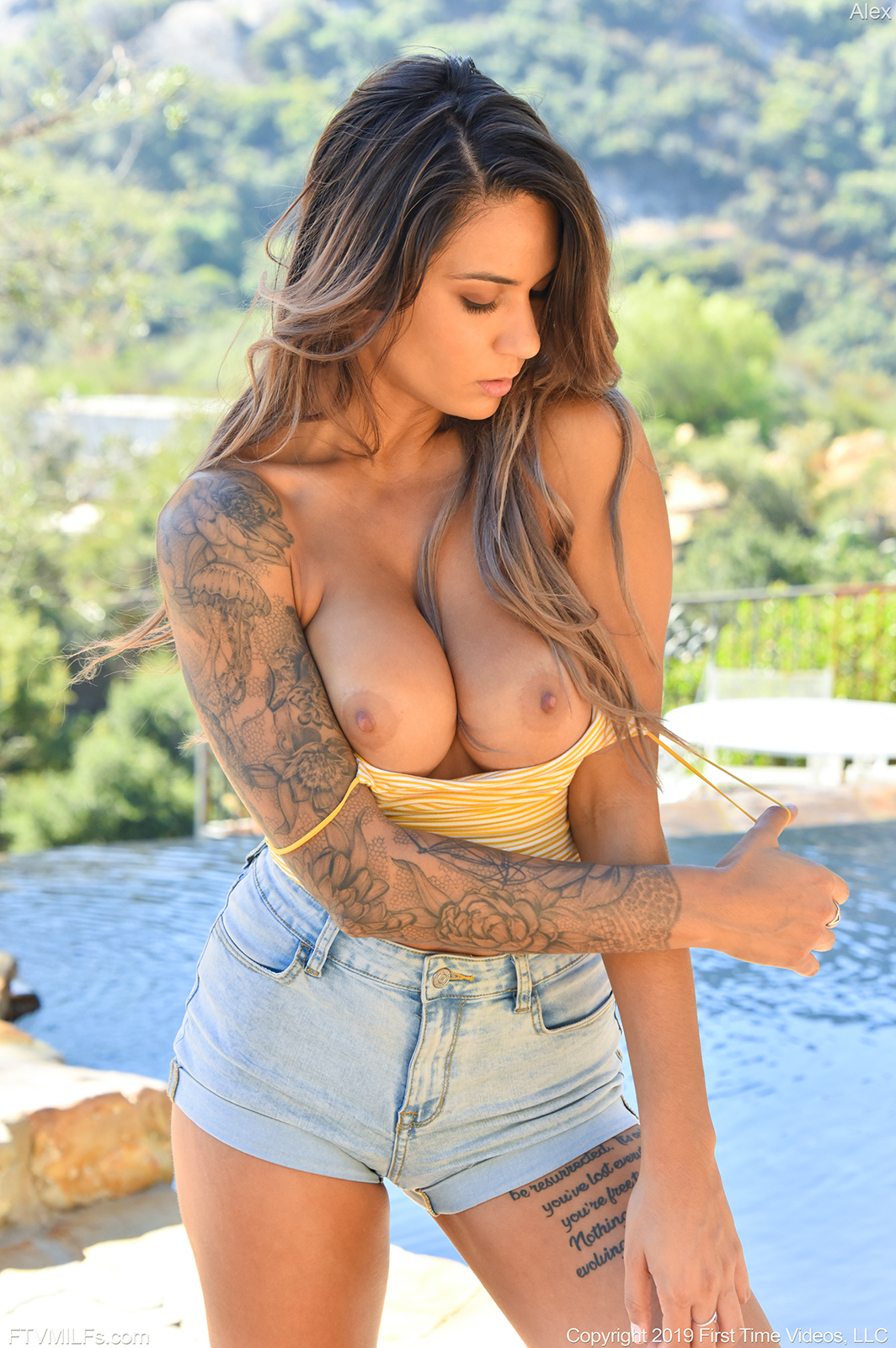 Tattooed Milf Alex Zara
