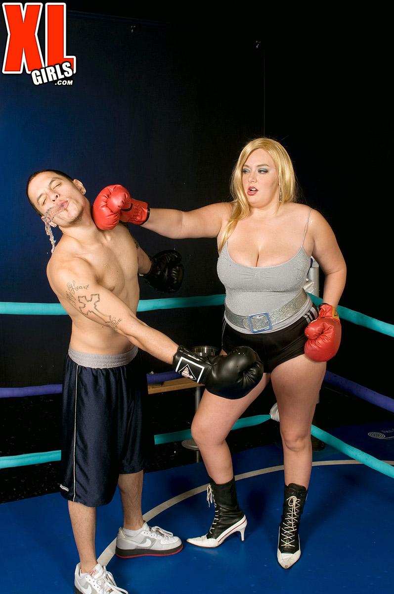 BBW boxer Daphne Carter