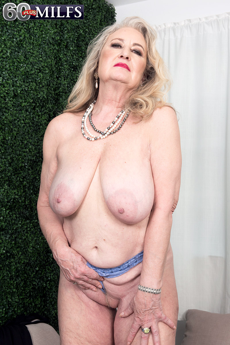 Hot granny Blair Angeles