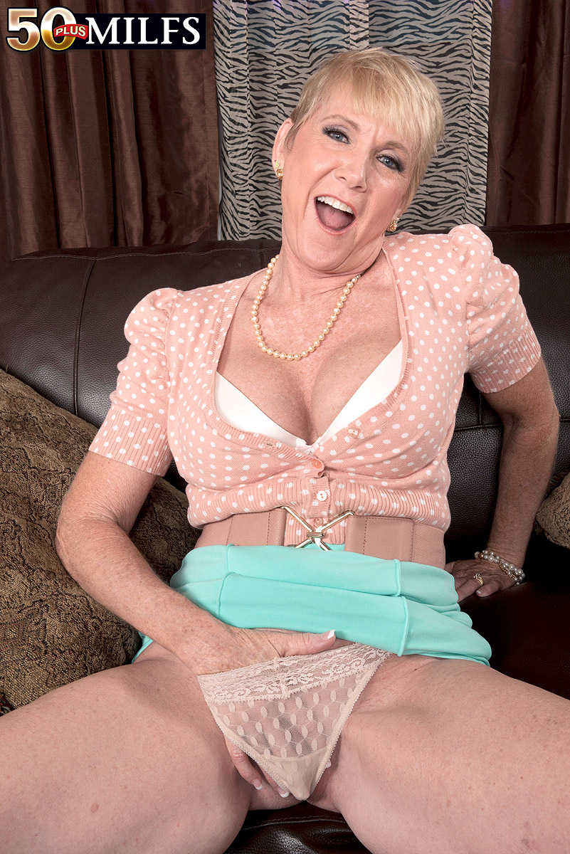 Honey Ray Granny Porn