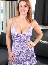 Russian wife Natasha Ola   The Mature Lady Porn Blog