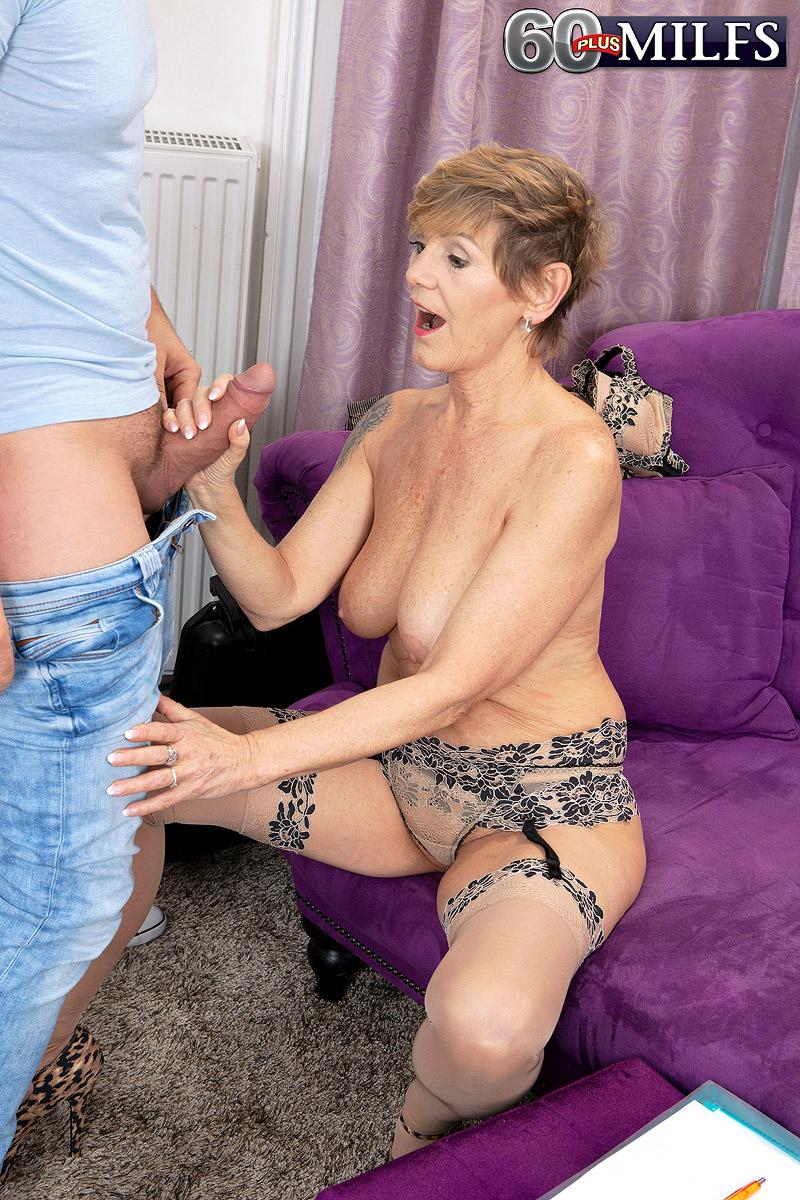 Nicol Mandorla Granny Porn