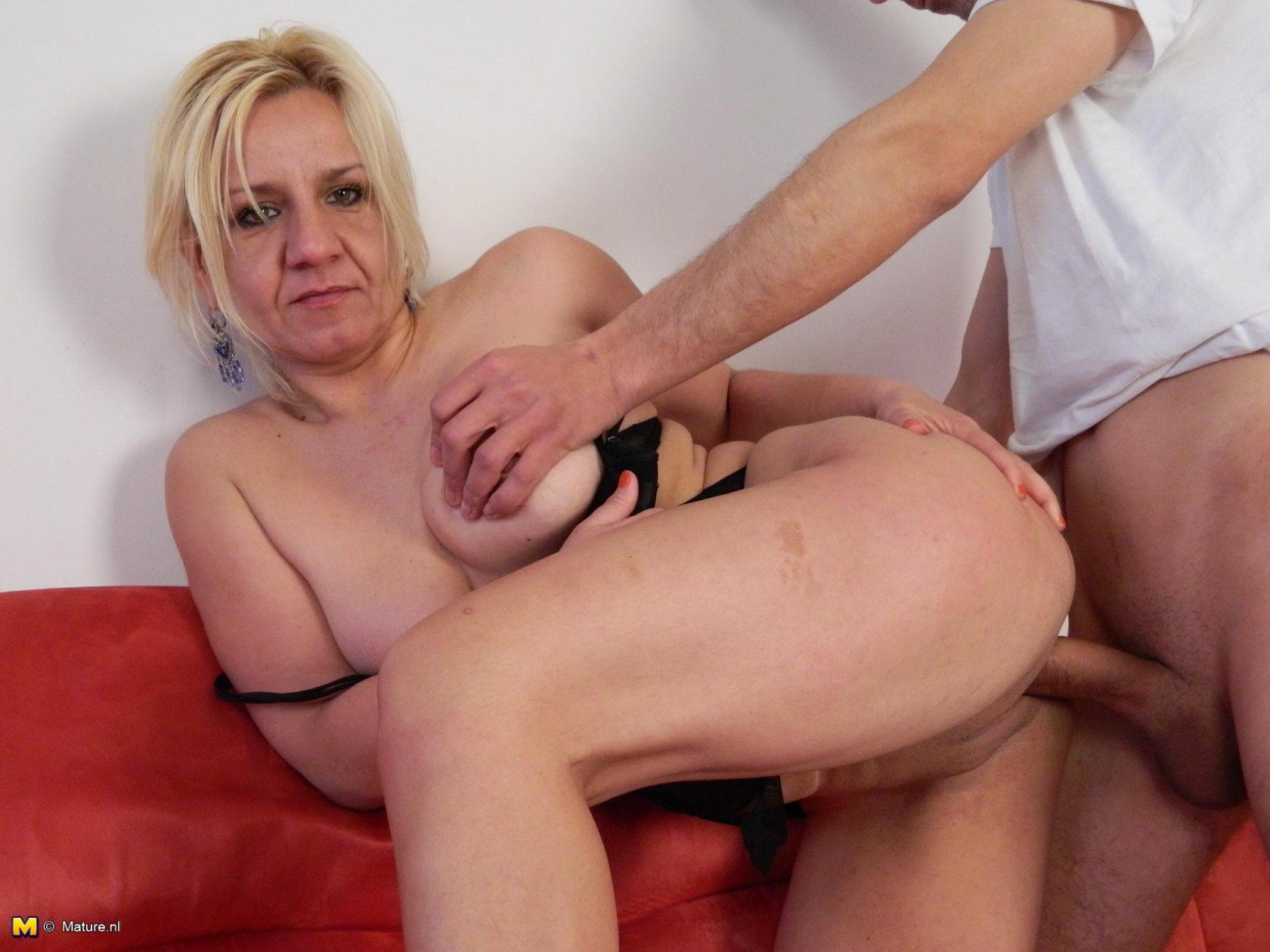 Sexy girls un linrage porn naked porn star