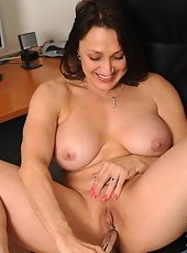 Busty Anilos Angel moistens her magic wand and rubs it on her button