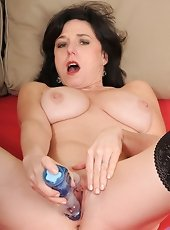 Sexy panther Ashleigh Mckenzie spreads her damp furry pussy