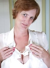 Anilos milf lacey spreads her charming pink milf pussy revealing all of her fleshy pink